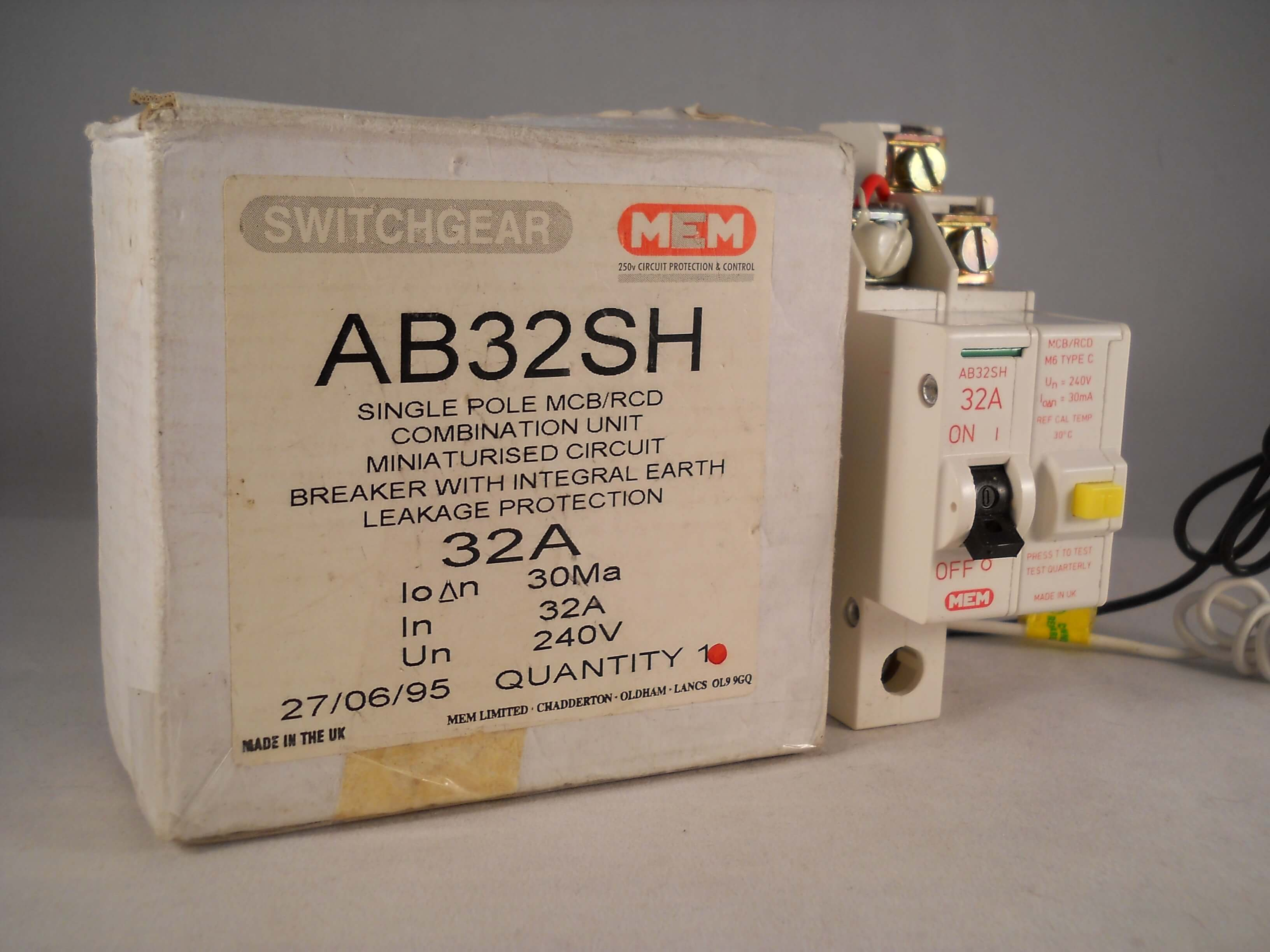 Magnificent Mem Memera 2000 Rcbo Mcb Rcd 32 Amp 30Ma Type C 32A Rcd Memshield 2 Wiring Digital Resources Dadeaprontobusorg