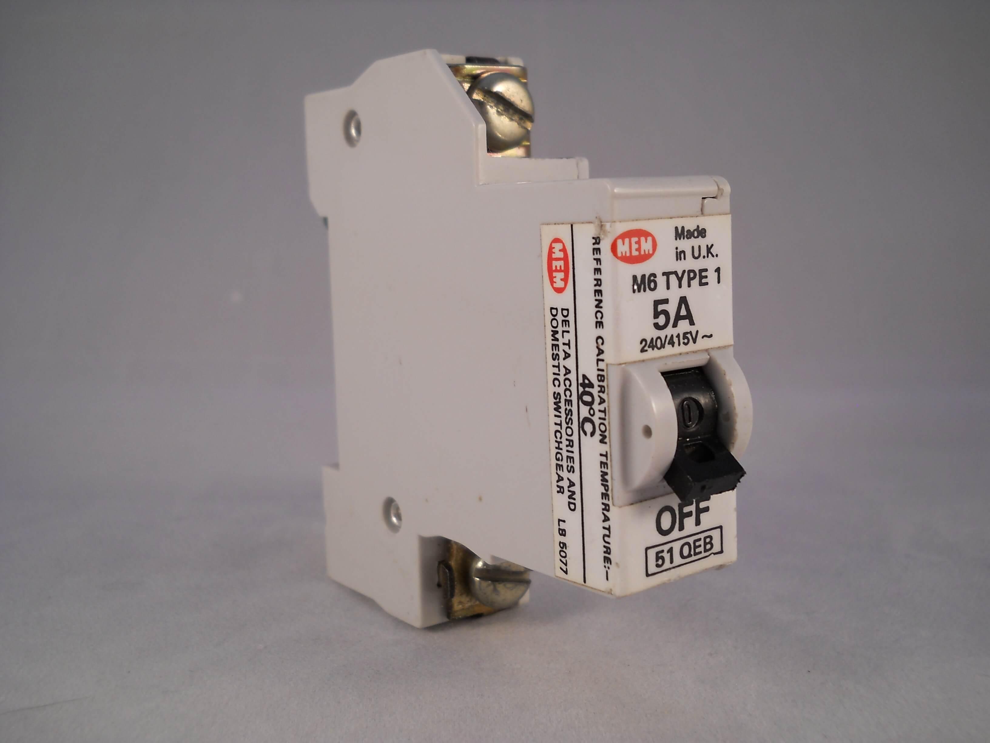 MEM 5A Type 1 Single Pole M6 5A Circuit Breaker SP MCB ~ MEMERA21 ~ 51QEB
