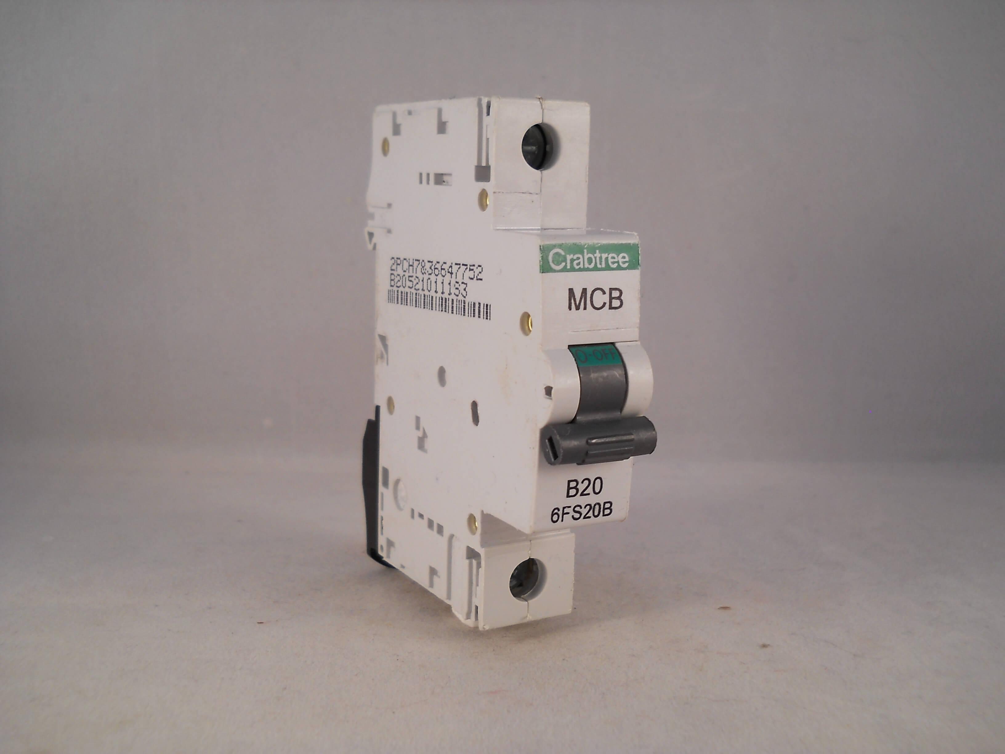 Mcb Circuit Breakers Poles Not Lossing Wiring Diagram Trippedcircuitbreakerpaneljpg Crabtree Loadstar 20 Amp Single Pole Breaker Type B Tripping Curve Miniature