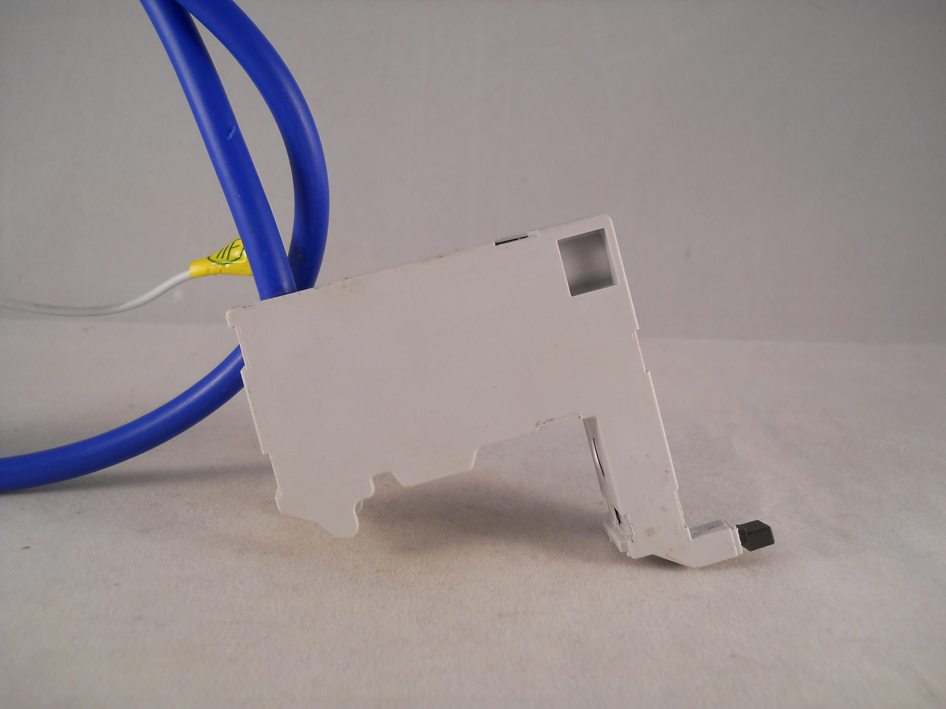 Brilliant Wiring Memera 2000 Basic Electronics Wiring Diagram Wiring Digital Resources Dadeaprontobusorg