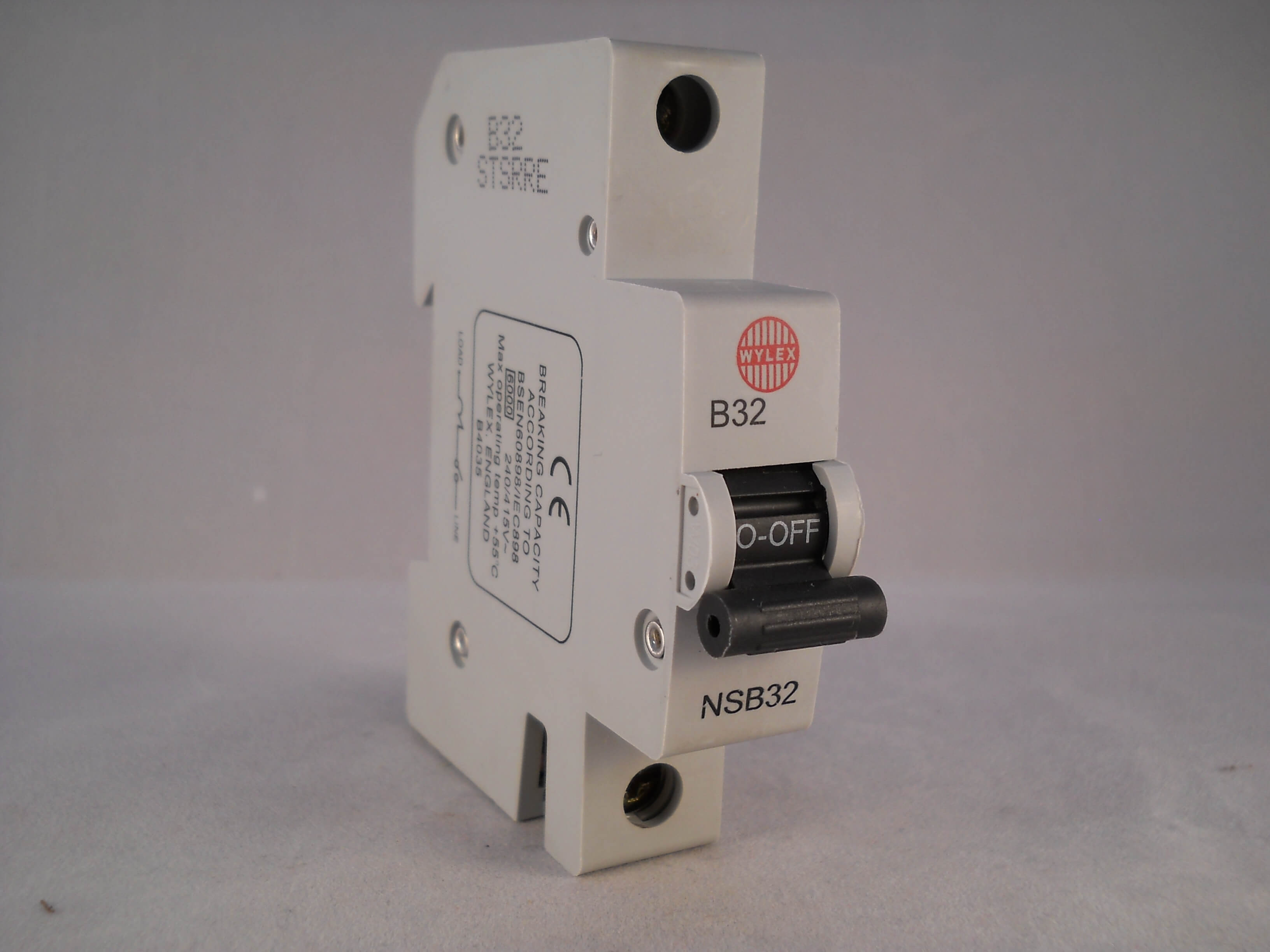 Ylex 32a Sp Type Mediatown 360 Bg 20a Mcb Miniature Circuit Breaker Departments Diy At Bq Wylex