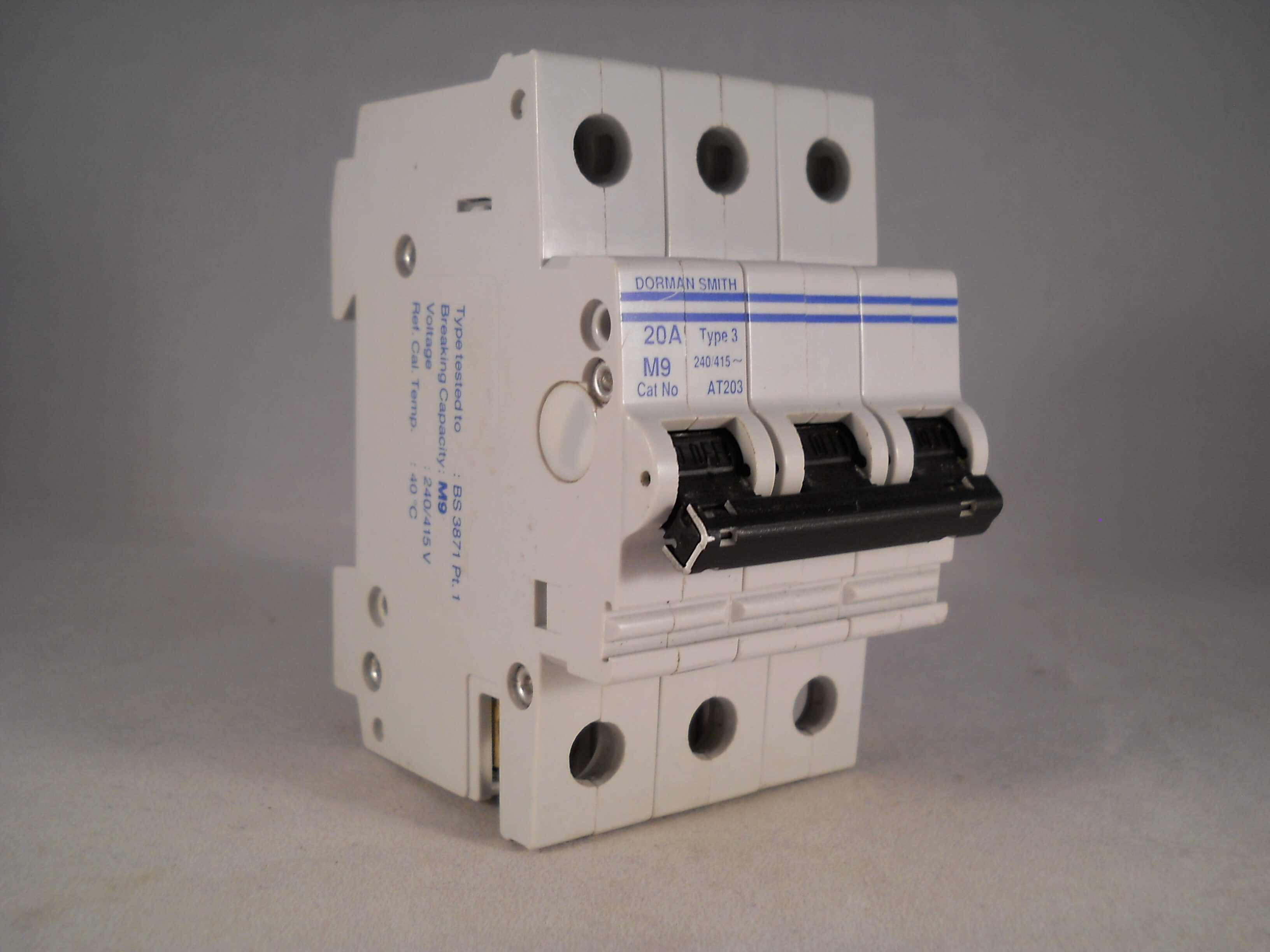 Dorman Smith MCB 20 Amp Type 3 M9 20A Triple Pole 3 Phase Breaker ...