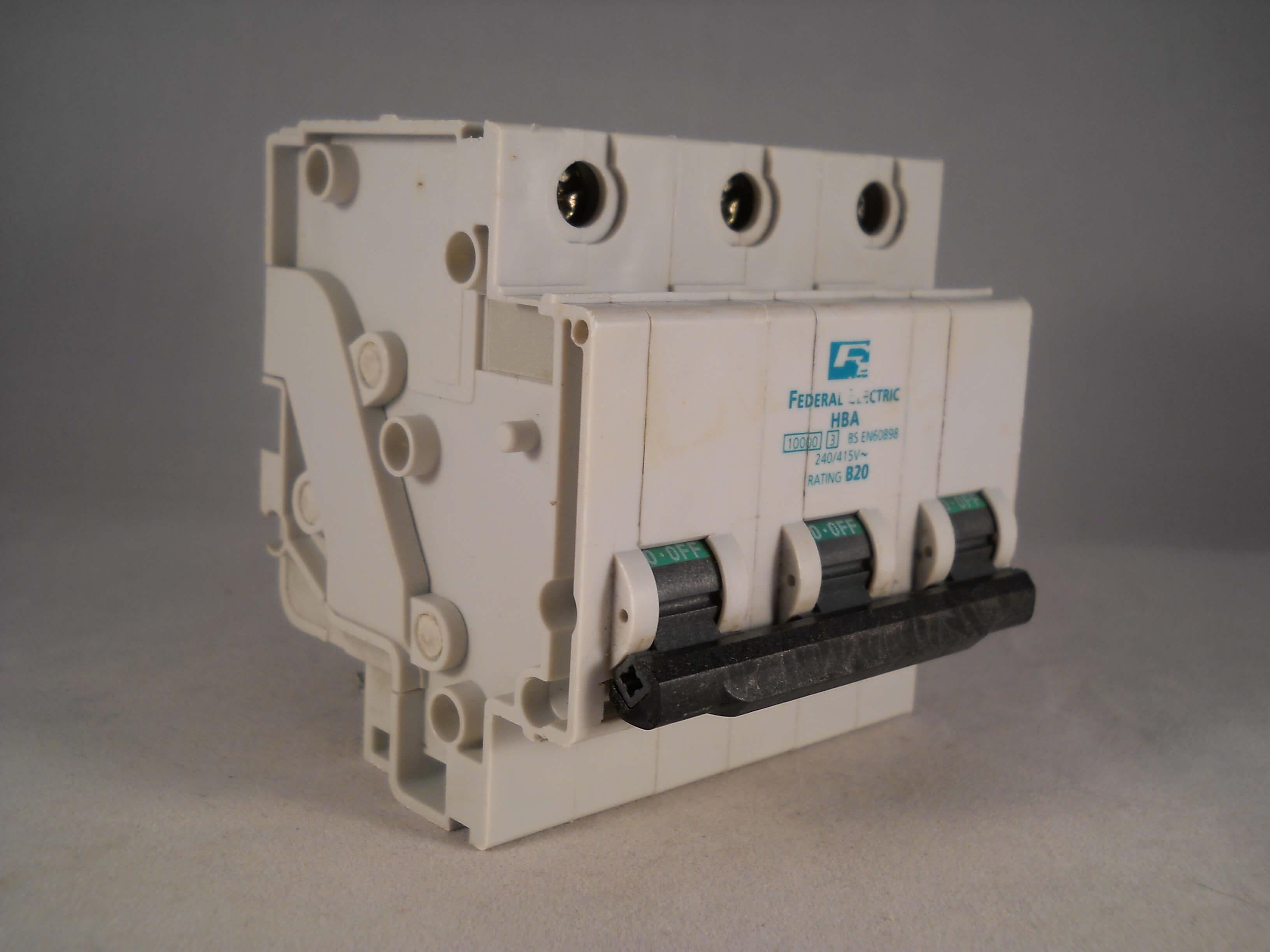 FEDERAL ELECTRIC 10 AMP TYPE C 10A MCB CIRCUIT BREAKER STAB-LOK HCA1P10 10000