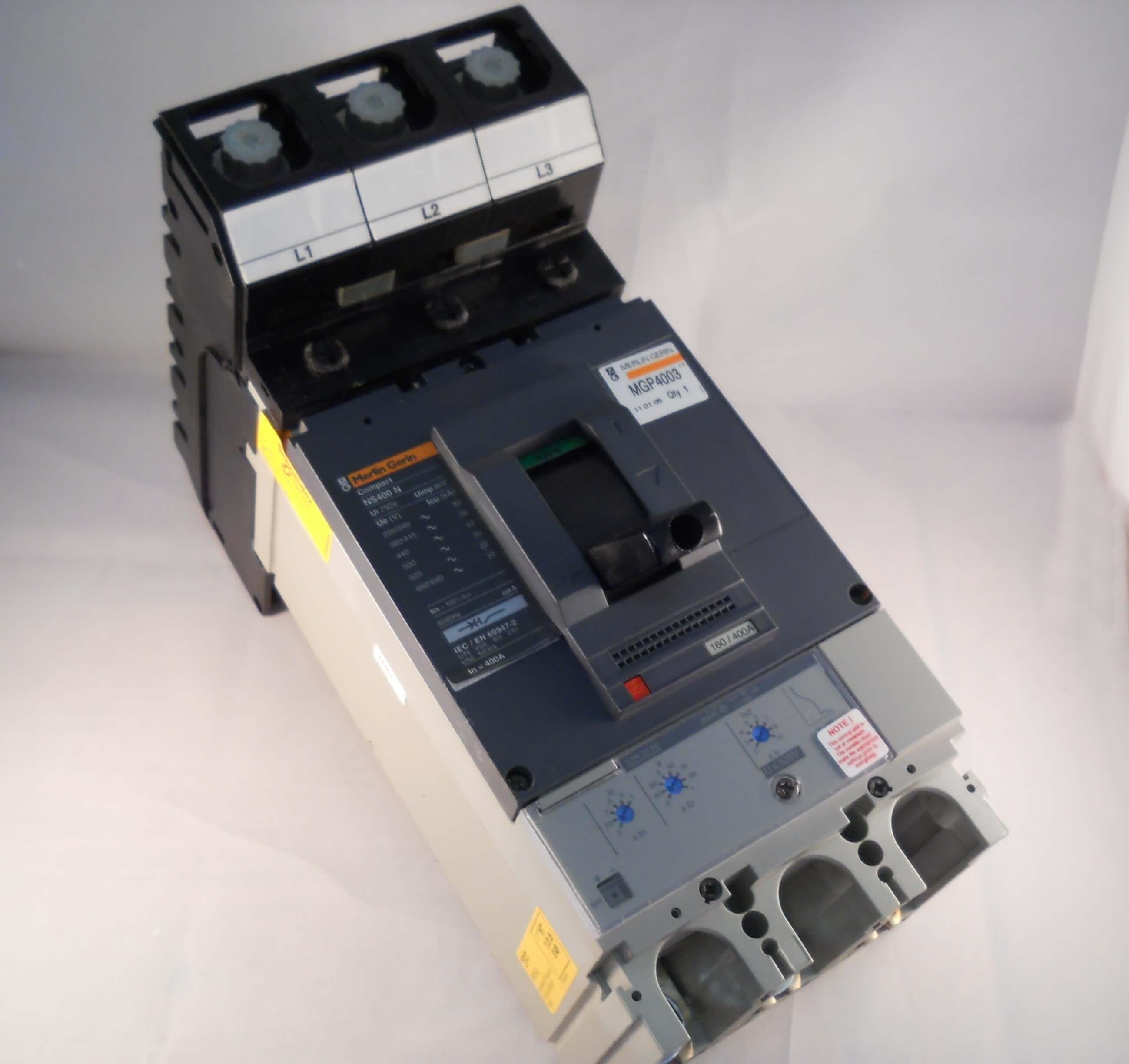 STR23-SE Trip MERLIN GERIN 8kV CIRCUIT BREAKER 400amp 3 Pole NS400N
