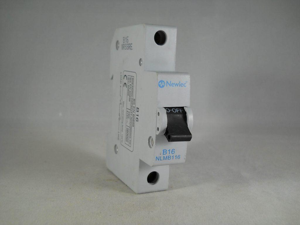 CRABTREE 16 AMP TYPE C M9 MCB CIRCUIT BREAKER POLESTAR