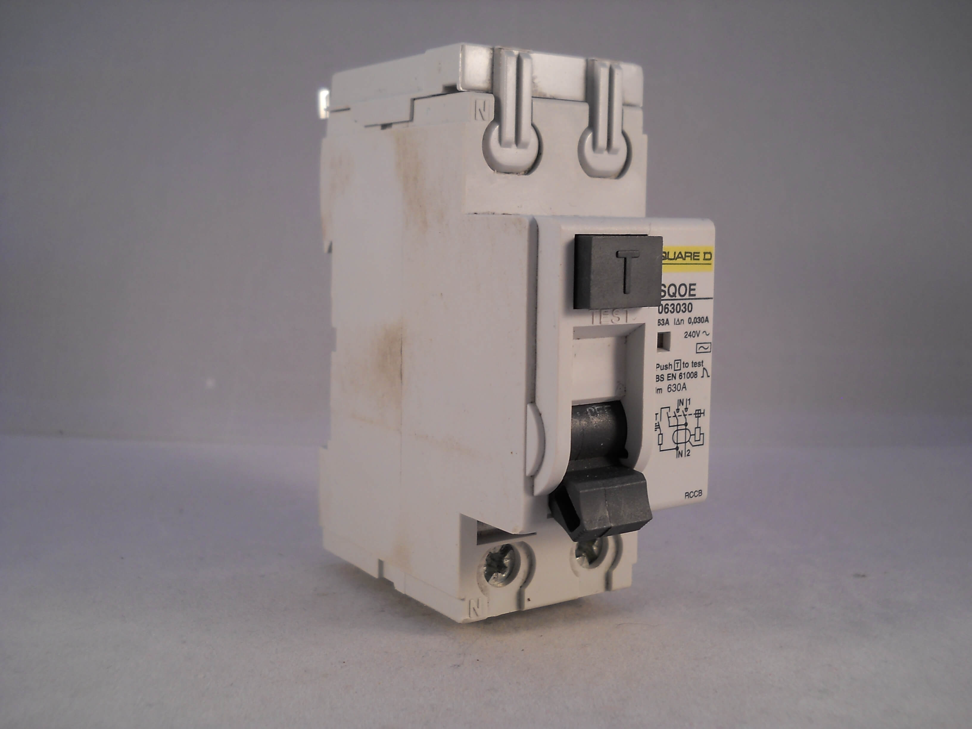 square d rccb 63 amp 30ma double pole 63a qwikline rcd sqoe063030 rh willrose electrical co uk  quickline 2 universal fuse box