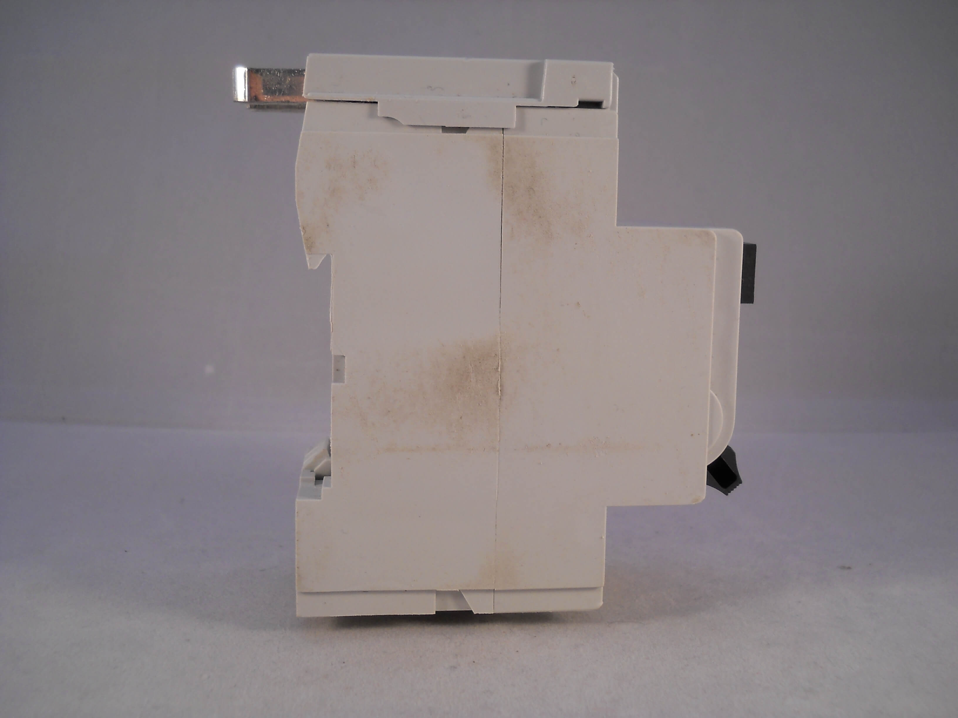 SQOE063030-4-1 Qwikline Fuse Box on old breaker, old screw, old electrical,