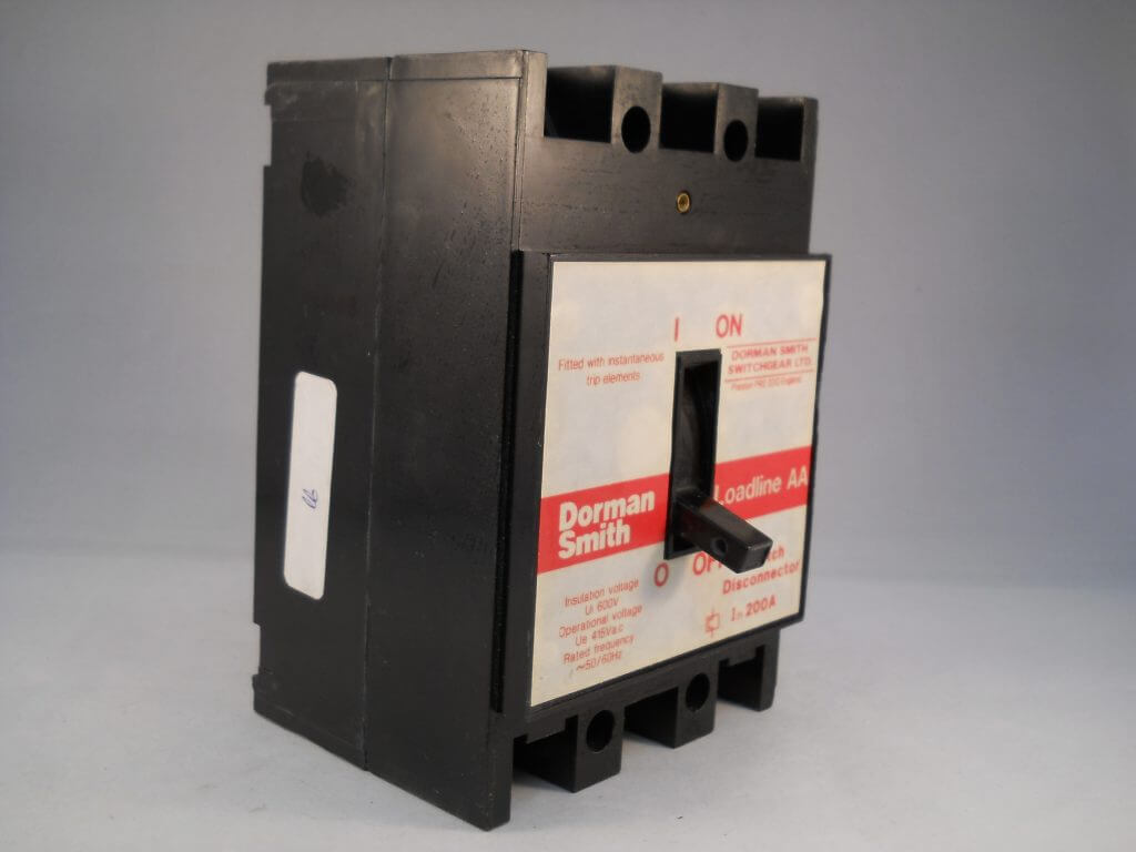 Dorman Smith Loadline 200 Amp Triple Pole 200a Switch