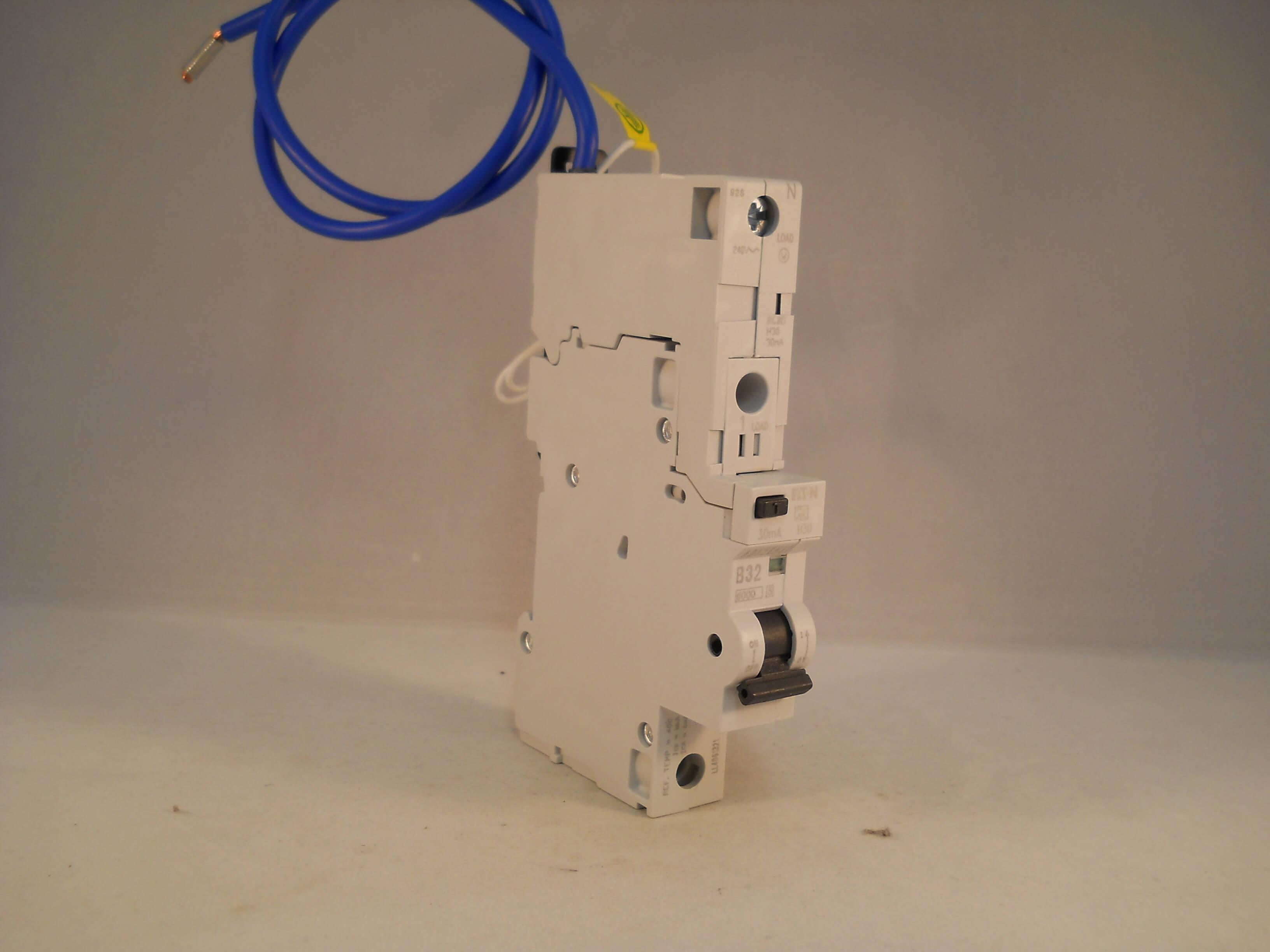 Admirable Mem Eaton Rcbo 32 Amp 30Ma Type B 32A Mr30 Pod Memshield 2 Memera Wiring Digital Resources Dadeaprontobusorg