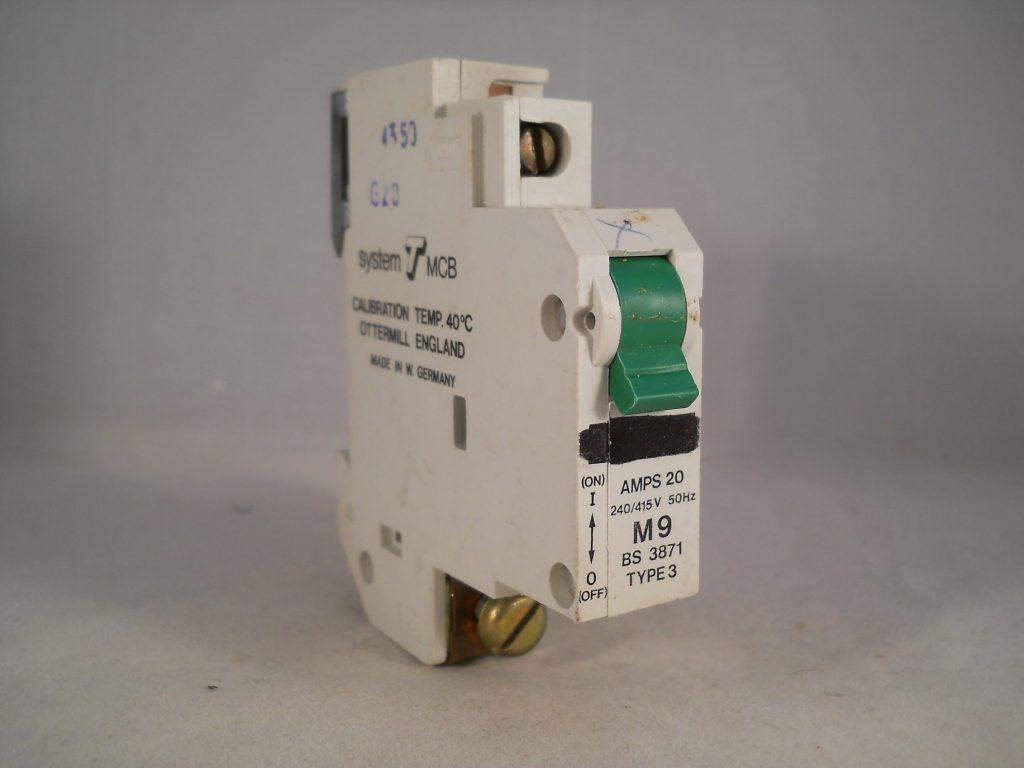 Ottermill Mcb 20 Amp Single Pole Circuit Breaker M9 Type 3